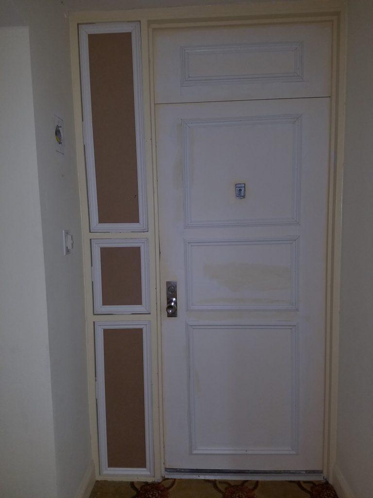 Door molding and sidelight